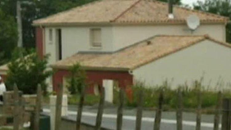 La maison de Pouzauges (Vendée) où s'est produit le drame (France 2)