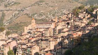 Intempéries dans les Alpes-Maritimes : le difficile retour à la normale pour la ville de Saorge (FRANCEINFO)