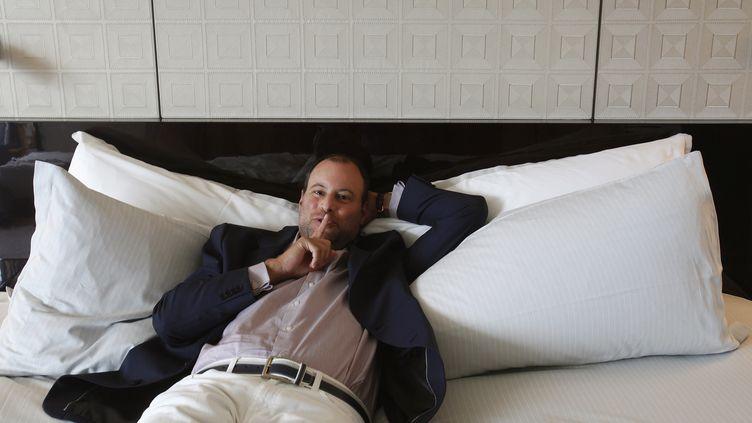 Noel Biderman, fondateur du site Ashley Madison, le 28 août 2013 lors d'une interview à Hong Kong. (BOBBY YIP / REUTERS)