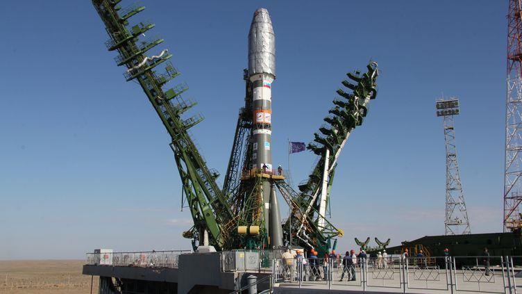 Le lanceur russe Soyouz prêt à décoller, le 14 septembre 2012 à Baïkonour (Kazakhstan). (OLEG URUSOV / RIA NOVOSTI / AFP)