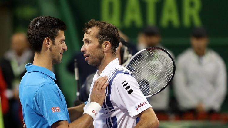 Radek Stepanek et Novak Djokovic lorsqu'ils étaient adversaires sur le terrain, encore en janvier 2017 à Doha