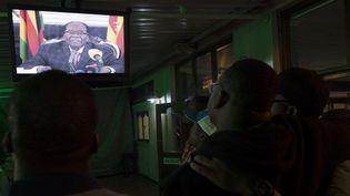L'allocution télévisée de Robert Mugabé à Harare, au soir du 19 novembre 2017. (ZINYANGE AUNTONY / AFP)