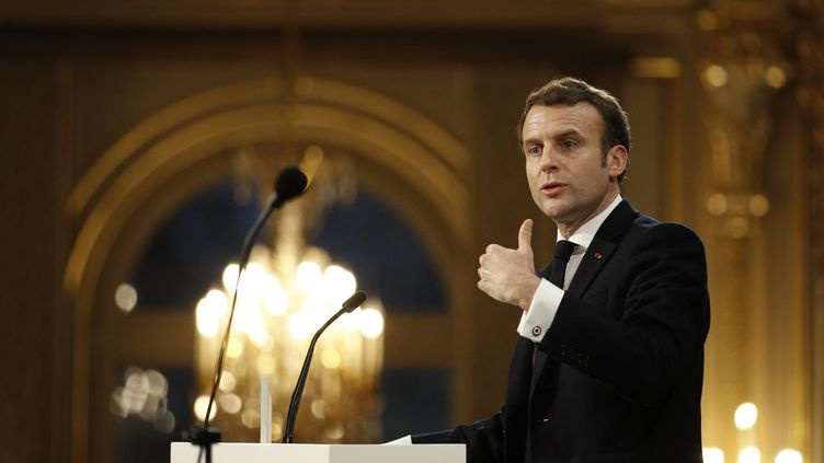Emmanuel Macron à l'Elysée le 15 janvier 2020. (YOAN VALAT / POOL / AFP)