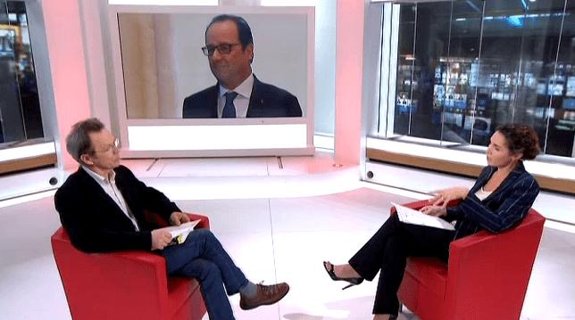 """François Hollande surpris à lire un """"pour les nuls"""" avait fait grand bruit  (France 2 )"""