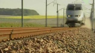 Un TGV en rase campagne (21/09/2006) (France 3)