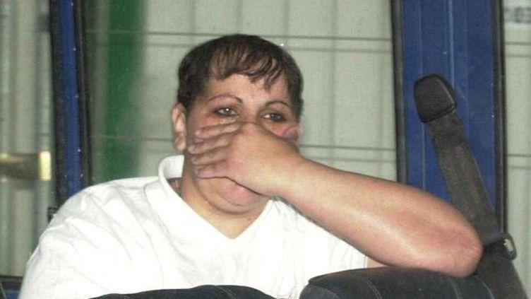(Myriam Badaoui à son arrivée au premier procès de l'affaire d'Outreau en 2004 © MAXPPP)