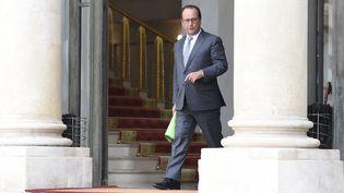 François Hollande au Palais de l'Elysée le 3 septembre 2015. (ALAIN JOCARD / AFP)