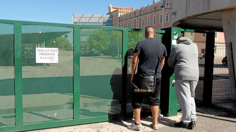 Le port du survêtement ou jogging a été interdit dans un lycée de Sète en 2011 (VINCENT  ANDORRA / MAXPPP)