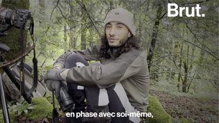 VIDEO. Photographe animalier de 24 ans, il traque le lynx dans le massif du Jura (BRUT)
