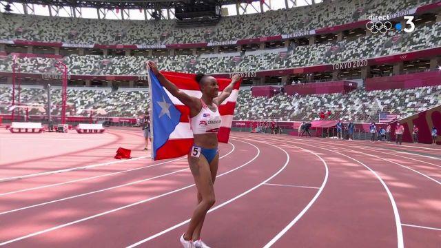 La Porto-ricaine Jasmine Camacho-Quinn sacrée championne olympique. Avec un temps de 12.36, elle devance l'Américaine Kendra Harrison et la Jamaïcaine Britany Anderson.