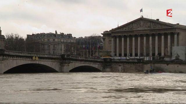 Paris : une crue sans fin