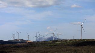 Des éoliennes dans le Var en avril 2021. (Illustration). (SERGE MERCIER / MAXPPP)
