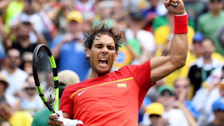 La rage de Rafael Nadal, candidat à une médaille d'or aux JO de Rio (MARTIN BERNETTI / AFP)