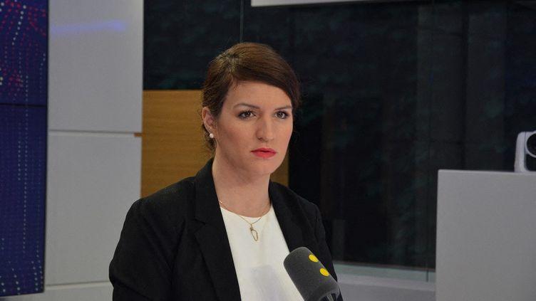 Marlène Schiappa, invitée de franceinfo le 20 février 2018. (JEAN-CHRISTOPHE BOURDILLAT / FRANCE-INFO)