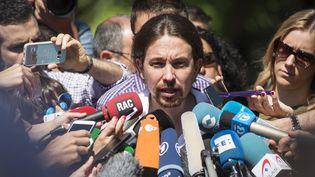 Le secrétaire général du parti anti-austérité Podemos, Pablo Iglesias,donne une conférence de presseà Madrid, en Espagne, dimanche 26 juin 2016. (CITIZENSIDE/ALVARO MINGUITO / CITIZENSIDE)