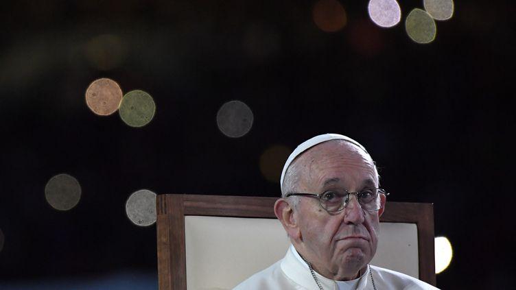 Le Pape François, lors de son déplacement à Dublin, le 25 août 2018. (TIZIANA FABI / AFP)