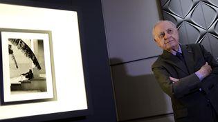 """Pierre Bergé au DS World à Paris pour l'exposistion """"Yves Saint Laurent, dans l'intimité de la création"""", le 11 juin 2015  (STEPHANE DE SAKUTIN / AFP)"""