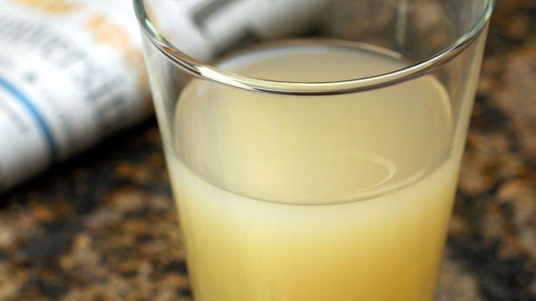 Un verre d'alcool anisé. Photo d'illustration. (PFEIFFER, J. / ARCO IMAGES GMBH / MAXPPP)