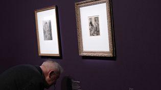 Au cours des années 1870, Degas réalise une série de scènes de maisons closes où les corps des prostituées rompent avec les formes idéales des nus classiques. (ELODIE DROUARD / FTVI)
