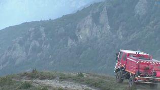 Tempête Ciara : les vents attisent un incendie en Corse (FRANCE 3)