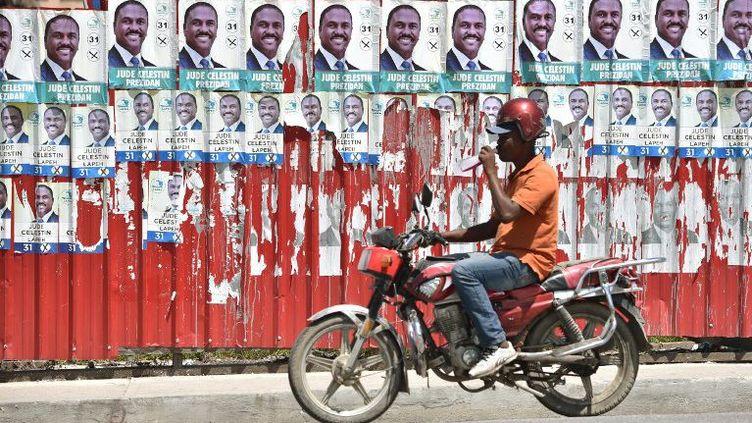 Jude Célestin, le candidat de l'opposition était arrivé à la deuxième place lors des élections d'octobre 2015. (Hector Retamal/AFP)