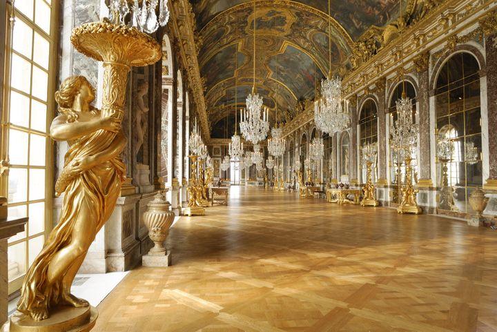 La galerie des Glaces du Chateau de Versailles fut achevée en 1684  (C.Lepetit / Only France)