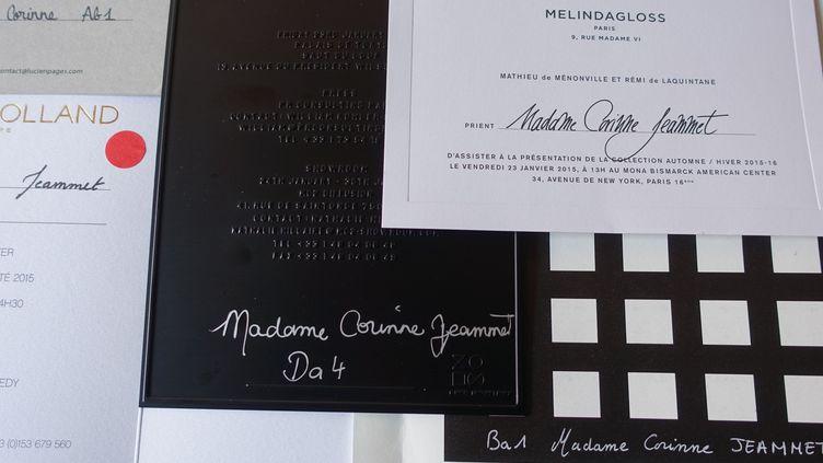 Exemples d'nvitations calligraphiées au nom de Corinne Jeammet recues pour la fashion week de janvier 2015  (Corinne Jeammet)