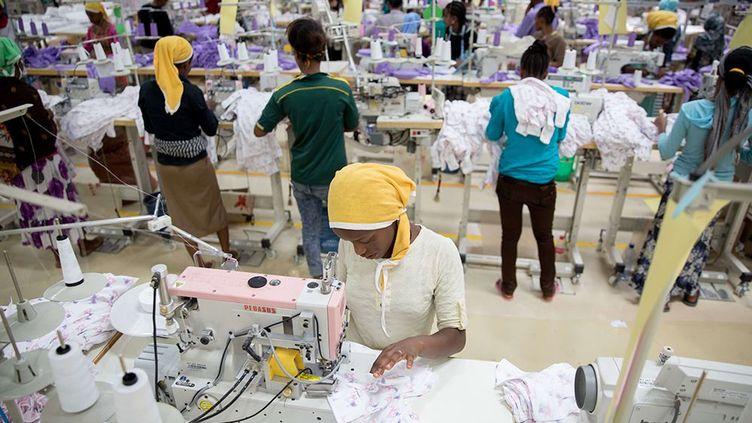 Dans une usine de sous-vêtements pour enfants à Addis-Abeba. (Kay Nietfeld / dpa/ AFP)