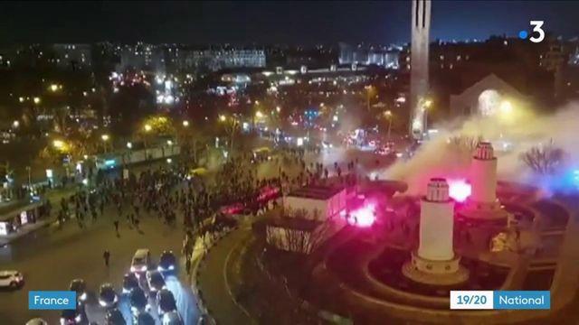 Football : des violences entre supporters et forces de l'ordre éclatent à Paris en marge de PSG-Galatasaray