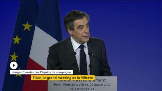 """François Fillon : """"Notre adversaire n'a pas un visage mais il en a quatre"""""""