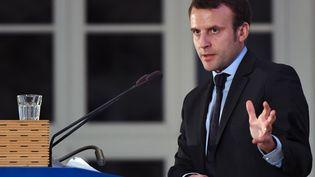Le candidat à la présidentielle, Emmanuel Macron, le 10 janvier 2017 à Berlin (Allemagne). (SOEREN STACHE / DPA / AFP)