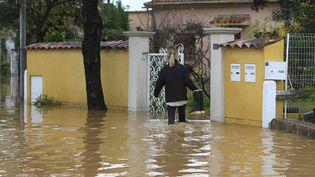 Des inondations à Hyères (Var), le 26 novembre 2014. (  MAXPPP)