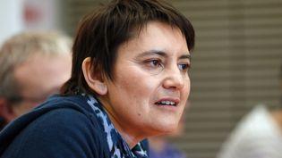 La porte-parole de Lutte ouvrière, Nathalie Arthaud, donne une conférence de presse, à Paris, le 3 décembre 2012. (PATRICK KOVARIK / AFP)