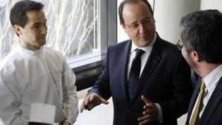 (François Hollande en visite à l'université de Strasbourg en janvier © REUTERS)