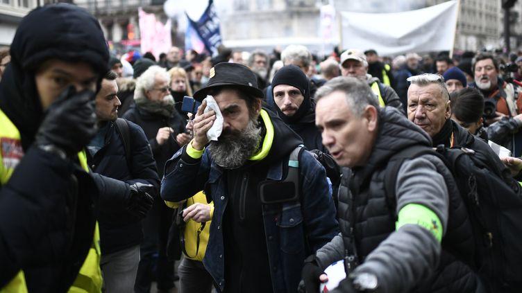 Jérôme Rodrigues, après l'incident, le 28 décembre, dans les rues de Paris. (STEPHANE DE SAKUTIN / AFP)