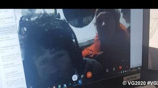 Kevin Escoffier et Jean Le Cam, sur une vidéo postée sur Twitter dans la nuit de lundi à mardi (SAEM Vendee)