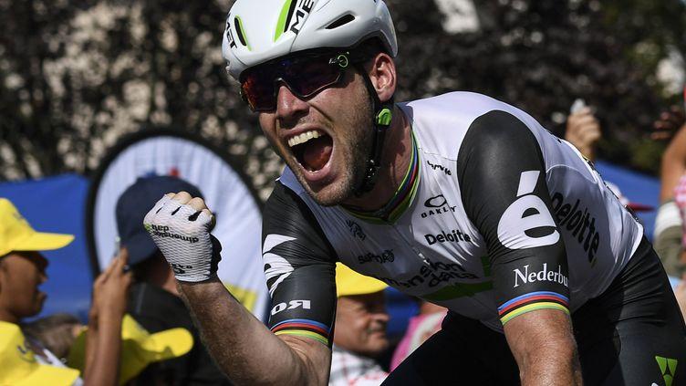 Mark Cavendish remporte la 6e étape. (LIONEL BONAVENTURE / AFP)