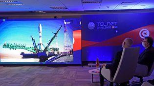 Le président tunisien Kaïs Saïed assiste au lancement du premier satellite tunisien Challenge-1, créé par le groupe de télécommunications Telnet, à Tunis le 22 mars 2021. (FETHI BELAID / AFP)