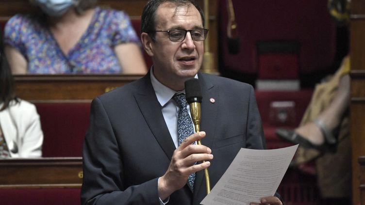 Le député LREM de l'Indre François Jolivet, lors d'une session de questions au gouvernement, le 28 juillet 2020, à l'Assemblée nationale à Paris. (STEPHANE DE SAKUTIN / AFP)