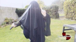 Prêter allégeance à Daech dans lejardin parental... (FRANCE 2 / FRANCETV INFO)