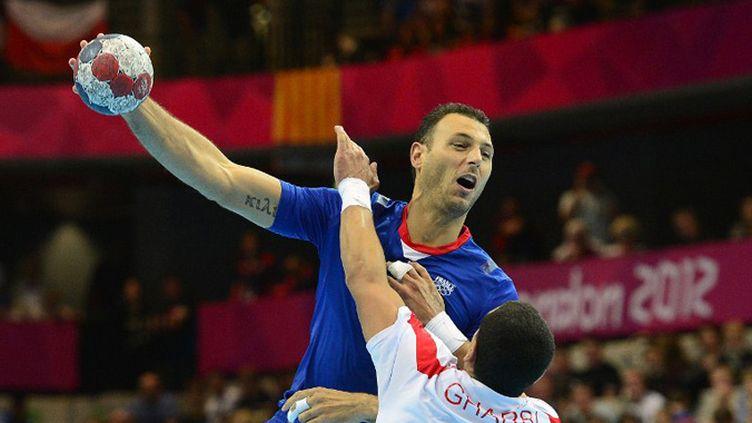 Jérôme Fernandez face aux Tunisiens (JAVIER SORIANO / AFP)