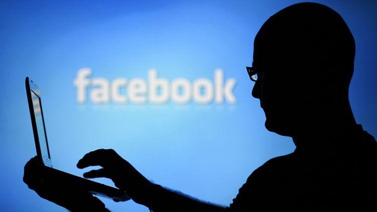 (Un Messin a été condamné à 12 mois de prison avec sursis pour avoir posté sur les réseaux sociaux des photos compromettantes de son ex-compagne © Dado Ruvic/Reuters)