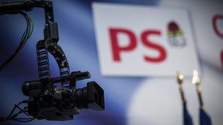 """Lors d'un forum sur """"la République face aux extrémismes"""" organisé par le Parti socialiste, le 5 octobre 2013 à Paris. (  MAXPPP)"""