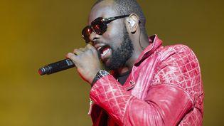 Le chanteur Maître Gims lors d'un concert à Saint-Brieuc, le 19 mai 2013. (MAXPPP)