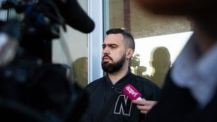 """Eric Drouet, figure des """"gilets jaunes"""", lors de son procès organisé à Paris le 15 février 2019. (MAXPPP)"""