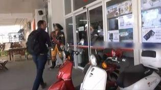 La devanture d'un grand magasin appartenant à laconsule de Franceà Bodrum (Turquie), filmée par France 2 dans un reportage diffusé le 11 septembre 2015. ( FRANCE 2)