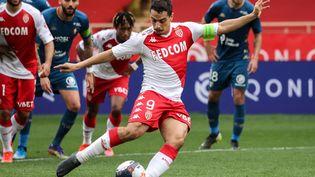 Wissam Ben Yedder a inscrit dix penalties cette saison, plus que n'importe quel autre joueur de Ligue 1. (VALERY HACHE / AFP)