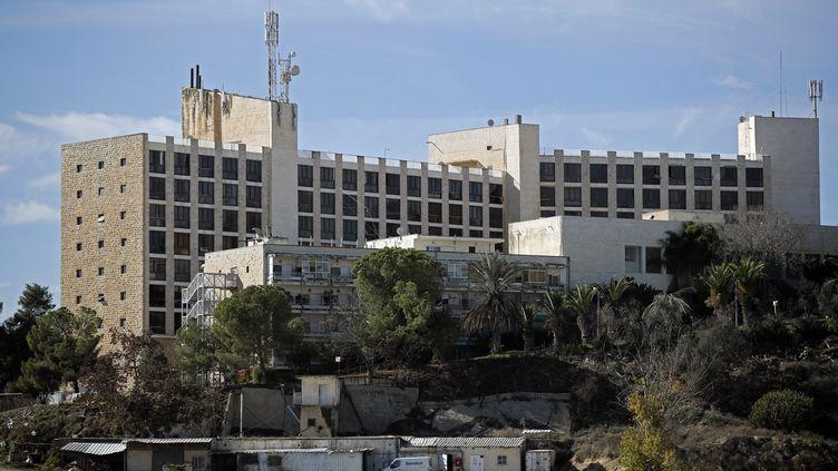L'ex-hôtel Diplomat, à Jérusalem-Ouest, acheté par le département d'Etat américain qui envisage d'y déménager son amabassade en Israël depuis Tel-Aviv. (THOMAS COEX / AFP)