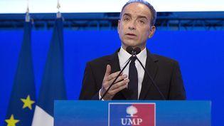 Jean-François Copé, le 3 mars 2014, lors d'une conférence de presse au siège de l'UMP, à Paris. (JOEL SAGET / AFP)
