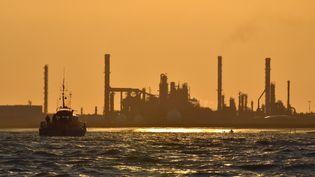 La raffinerie Total de Donges en Loire-Atlantique. (LOIC VENANCE / AFP)